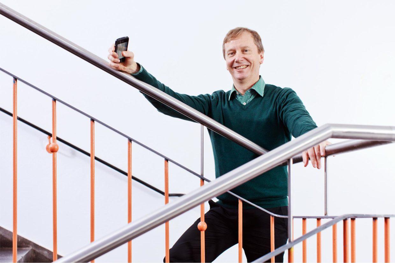 Prof. Dr. Gerhard Fettweis forscht mit Partnern an völlig neuen Technologien für das drahtlose Kommunizieren.
