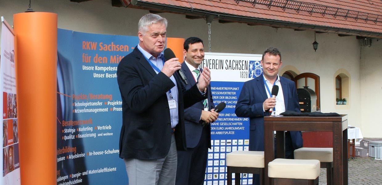 Sommertreff der sächsischen Wirtschaft mit dem bisherigen Chef des Porsche Werk Leipzig Siegfried Bülow und seinem Nachfolger Gerd Rupp.