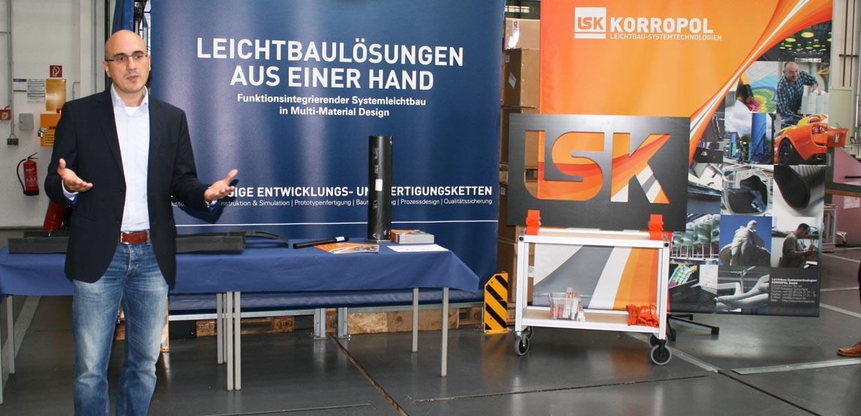 Sammy Techritz, Geschäftsführer der LS KORROPOL GmbH, stellte die Leichtbaukompetenzen des Unternehmens vor und verwies auf die Aktivitäten im Bereich 3D-Druck.