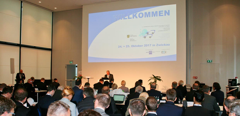 Rund 300 Teilnehmer aus sechs Ländern verfolgten den 21. Internationalen Jahreskongresses der Automobilindustrie am 24./25. Oktober 2017 in Zwickau