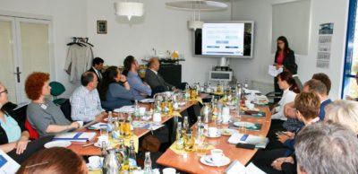 Sehr gut nachgefragt war das AMZ-Arbeitsforum Personal im September 2017 bei der FEP Fahrzeugelektrik Pirna.