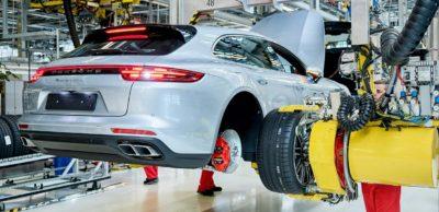 Der Industriedienstleister RedAnts hat seinen Firmensitz von Bremen nach Leipzig verlagert. Die Leipziger Mitarbeiter sind u. a. bei Porsche tätig.