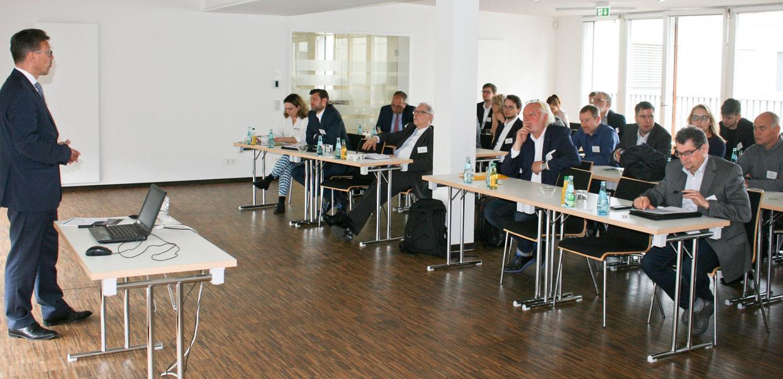 Matthias Heinrich von der Georg Fischer GmbH erläuterte die Beweggründe, als Gießerei in den 3D-Druck zu investieren.