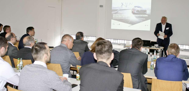 Zur Drive-Connection, einer Veranstaltung von AMZ und der Wirtschaftsförderung Leipzig, stand die Industrialisierung additiver Verfahren im Mittelpunkt.