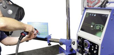 Kompetenzentwicklung: Mit einem virtuellen Simulator wird die Aus- und Weiterbildung von Schweißern am Volkswagen Bildungsinstitut bereits digital unterstützt.