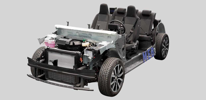 Das Chassis des ID. Vom Kompaktwagen über SUV's bis hin zum Van erstreckt sich die weltweit erste voll vernetzte, voll alltagstaugliche E-Fahrzeug-Familie für den Massenmarkt.