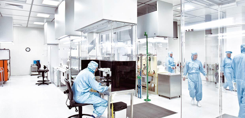 SenSa: Ein Sensorik-Akteur in Sachsen ist First Sensor in Dresden. Das Unternehmen entwickelt und produziert innovative Drucksensoren und Kamerasysteme für den Mobilitätsbereich.