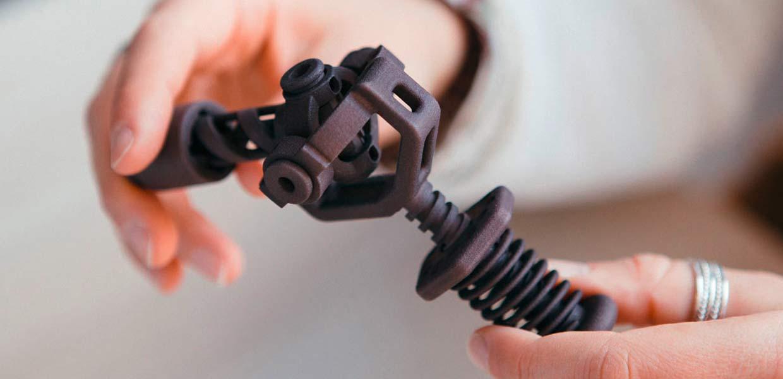 Der 3D-Druck-Dienstleister Rapidobject beherrscht eine Vielzahl an Verfahren für die Herstellung von Prototypen, Ersatzteilen und Kleinserien in verschiedenen Kunststoffen.