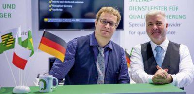 Gerd Wagner (r.) und Jörg Staniek haben das Qualitas-Netzwerk im November 2018 auf der Weltleitmesse und Konferenz der Elektronik electronica in München präsentiert.