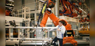 Umbau des VW-Werkes ist angelaufen. Heiko Rösch leitet den Karosseriebau bei VW Sachsen in Zwickau. Aktuell wird der Bereich für die Fertigung von E-Fahrzeugen umgerüstet.
