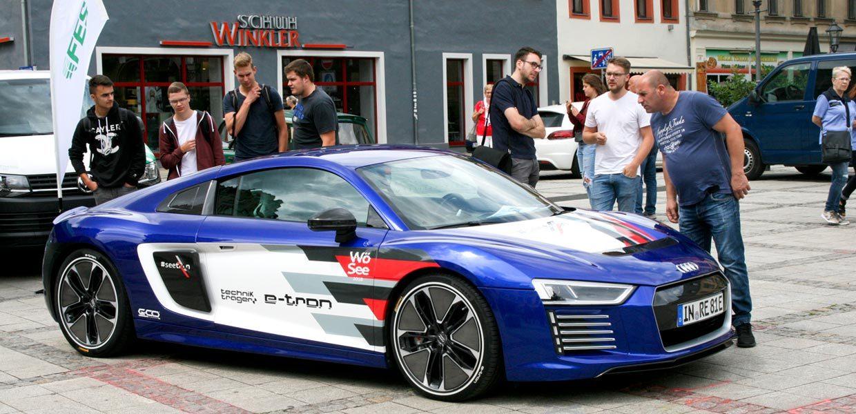 Impression vom 2. SAM 2018 in Zwickau. Auch in diesem Jahr lädt das 3. Symposium Automotive & Mobility zur Erlebnisausstellung sowie hochkarätigen Impulsvorträgen ein.