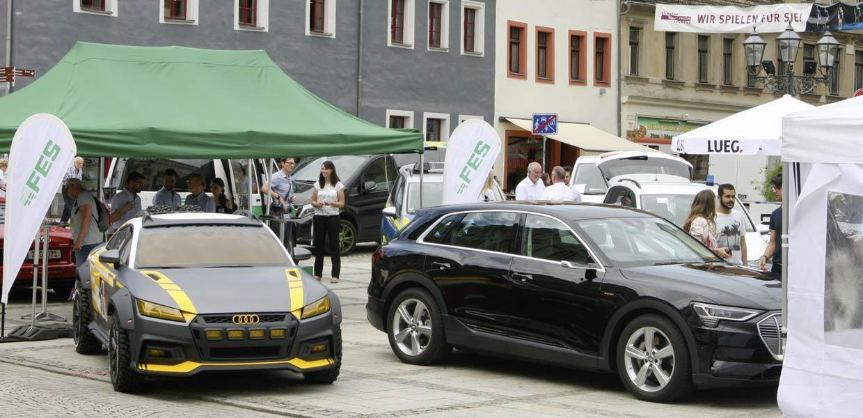 Innovative Fahrzeugkonzepte und neue Mobilitätslösungen prägten die öffentliche Erlebnisausstellung zum 3. SAM auf dem Zwickauer Hauptmarkt.