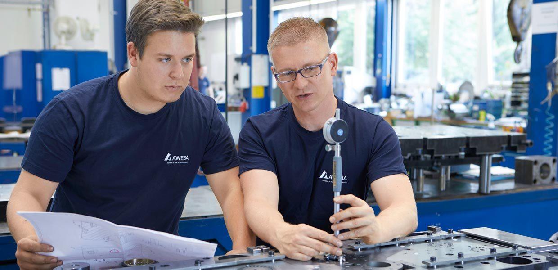 AWEBA hat sich als Komplettanbieter im Werkzeugbau als Partner der Automobilindustrie etabliert.