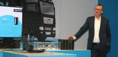 Wolfgang Breme, Finanzvorstand von Skeleton Technologies, erläutert die Vorteile von Ultrakondensatoren – auch Supercaps genannt - für automobile und energietechnische Anwendungen.