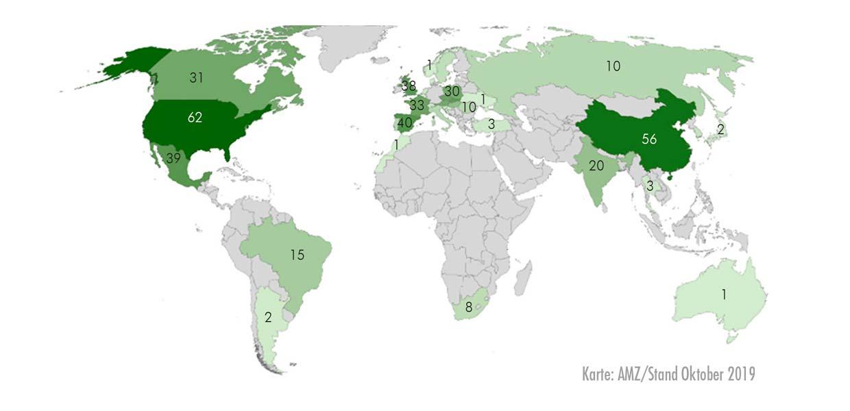 AMZ-Mitglieder bilden ein Netzwerk aus 1275 Unternehmensstandorten, davon 580 im Ausland. Sie stehen somit auch für Fragen der Rekrutierung von ausländischen Mitarbeitern zur Verfügung.