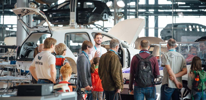 Die Gläserne Manufaktur bleibt ein Besuchermagnet. 2019 konnten 145.700 Gäste begrüßt werden.