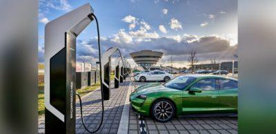 Porsche Turbo Charging: Den aktuell leistungsstärksten Schnellladepark Europas hat Porsche an seinem Leipziger Produktionsstandort in Betrieb genommen.
