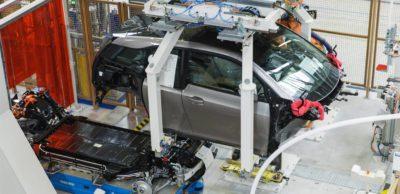 Produktionsunterbrechung: Auch bei BMW Leipzig stehen die Bänder still. Der Automobilhersteller stoppt die Produktion vorerst bis zum 19. April. (Foto: BMW)