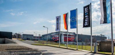 In Großröhrsdorf bei Dresden baut Skeleton Technologies seit 2017 eine hochmoderne Fertigung für Ultrakondensatoren auf, die im Automobil-, Industrie- und Windkraftsektor zum Einsatz kommen.