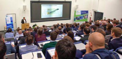 2019 fand die 1. Fuel Cell Conference Chemnitz FC³ statt. Für den 23. und 24. November 2021 lädt der Innovationscluster HZwo zur 2. Brennstoffzellenkonferenz nach Chemnitz ein.