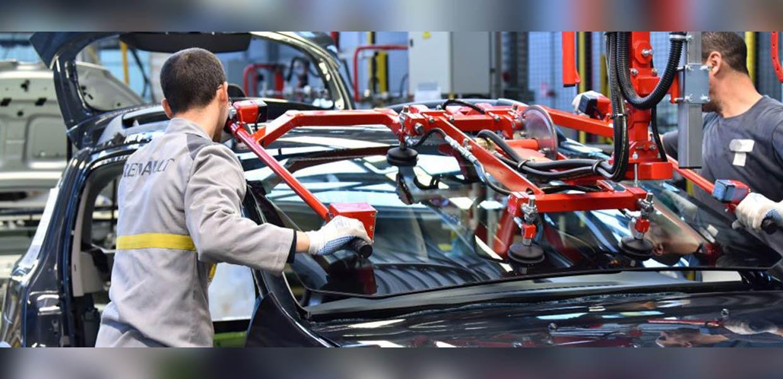 Automobilfertigung bei Renault Algerie Production in Oran. Mit dem Engagement französischer Hersteller hat sich die Automobilproduktion in dem nordafrikanischen Land entwickelt. Die Akteure sind auf der Suche nach deutschen Zulieferern, u. a. bei einem virtuellen Besuch vom 1. bis 5. März.