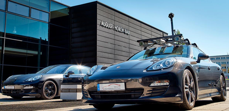 Am 31. Juli können sich Interessierte zu den WHZ-Studienangeboten rund um Automobil, Verkehr sowie Energie- und Klimatechnik informieren und dabei auch die Laborhallen und Fahrzeuge der Fakultät Kraftfahrzeugtechnik wieder live erleben.