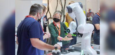 Erfolgreiche Automatisierungsmesse in Chemnitz: Die Besucher der all about automation in Chemnitz machten ausgiebig Gebrauch davon, Produkte auch wieder haptisch zu erleben und individuelle Gespräche zu führen.