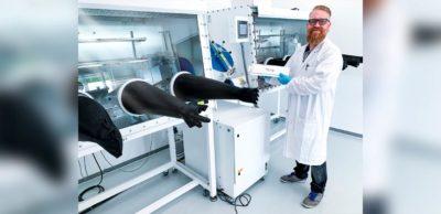 Blackstone Technology hat in Döbeln ein hochmodernes Entwicklungslabor in Betrieb genommen. Im Fokus stehen Qualitätssicherung und Produktentwicklung im Bereich 3D-gedruckter Batteriezellen.