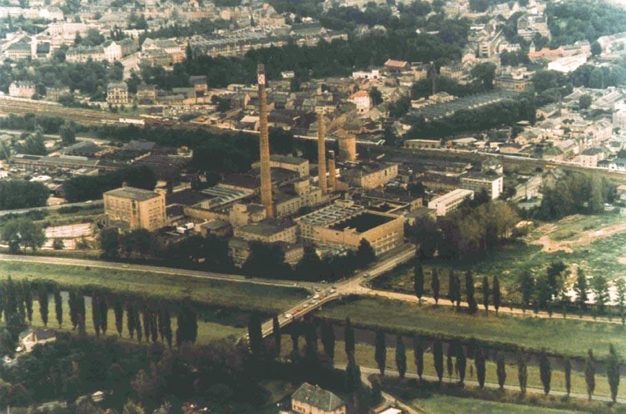 1991 übernahm Schnellecke das umweltbelastete Gelände des ehemaligen Spinnstoffwerkes Glauchau.