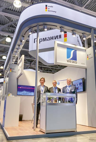 Das Wesko-Team im Juni 2021 auf der Rosmould in Moskau. Mit dem Besuch der internationalen Messe für Werkzeug- und Formenbau hat das Unternehmen erste Schritte auf dem russischen Markt unternommen.
