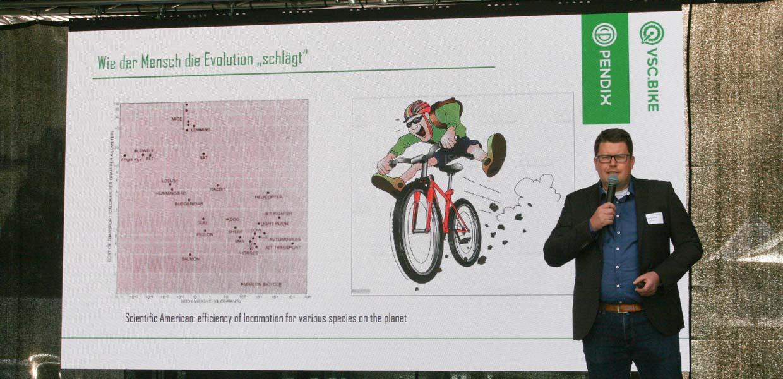 Wie der Mensch die Evolution schlägt und wie das Pendix-Team vom Auto zum Fahrrad kam, berichtete Geschäftsführer Thomas Herzog in seinem Vortrag.